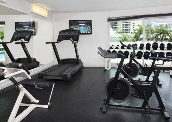 Gym calinda beach acapulco hotel